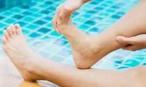 Что делать при судорогах в воде (рекомендации начинающим плавать)