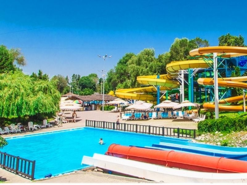 бассейн в Парке Горького