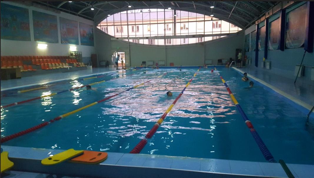 бассейн АККУ в Алматы